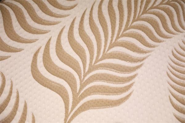 浅棕色枫叶双层针织空气层